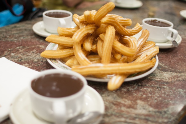 Crispy churros with thick, not-too-sweet chocolate